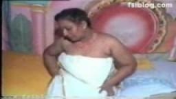 Mallu drama actress aunty