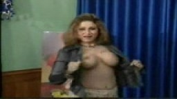 Pakistani hot babe nude dance