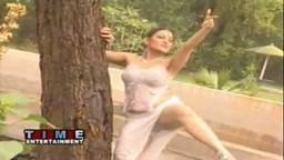 Sexy Nida Ali Wet Mujra Pij Gayan Choli diyan