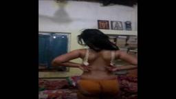 Bengali Slut Chinmoyee Pussy Play on Webcam