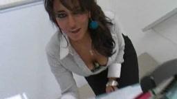 Ariana Mistry - UK Indian