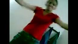 Hot Desi amateur dancing