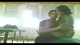 Indian college students suck & fuck in class room
