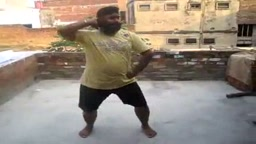 Sardar dancing to hindi song real good