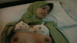 Indonesian Hijab Girl Fucked in Hotel