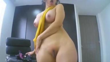 Beautiful Body Girl on Webcam