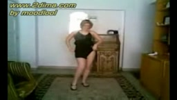Sexy dancer arab